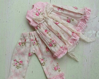 Beautiful shabby chic rosebud dress and bloomers set for blythe