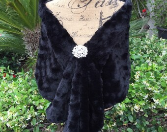 Black Faux Fur Wrap, Wedding Stole, Bridal Shawl, Bridesmaid Wrap, Mother of the Bride, Winter Wedding, Night Out Formal Wear, Black Stole
