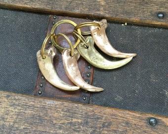 Metal Grizzly Claw Brass Keychain