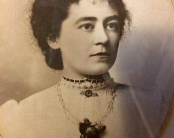 Antique Woman,Lady Portrait,Lady Photo,Framed Portrait,Oval Portrait,Framed Woman,1800s Lady,Lady Art,Antique Woman Portrait,Female Photo