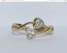 ON SALE Unique Vintage Intertwined Heart Band 14k Yellow Gold Size 6.25