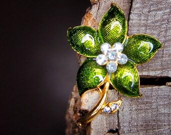 Daisy Flower Brooch #5452