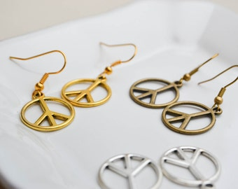 Earrings charms peace & love gold metal Available in gold - silver - bronze