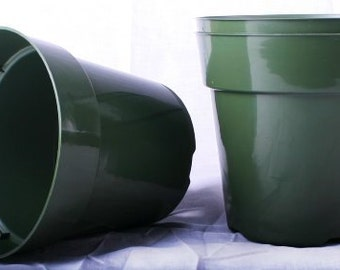 50 New 6 Inch Standard Plastic Nursery Pots ~ Pots ARE 6 Inch Round At the Top and 5.6 Inch Deep. (FREE SHIPPING)