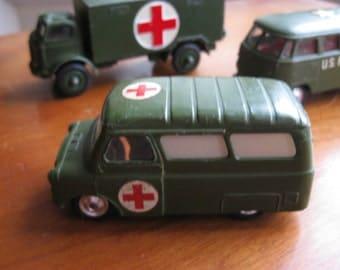 Vintage CORGI  Bedford Dormobile  (Military) Ambulance No 414 1961/1963 Diecast