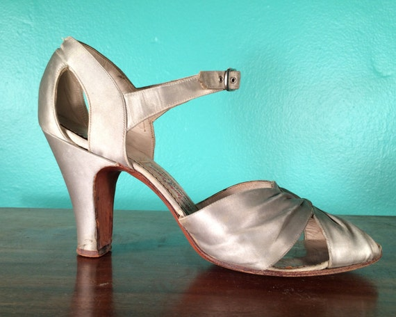 Vintage 1930s Shoes | Silver Silk Ankle Strap High Heels with Cut Outs | size 7 1/2