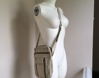 Cream Leather Vintage Crossbody Purse w/ Olive Green Zippers & Many Pockets