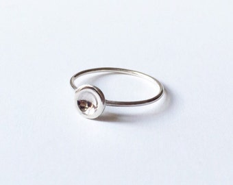 DOT RING - Sterling Silver Thin Ring - Simple Stacking Ring - Silver Circle Ring