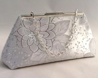 Silver Metallic and White Purse Clutch ~ Silver and White Bridesmaid Handbag ~ Silver Bridal Purse