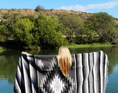 The Storm // Kaleidoscope Diamond Bohemian Vintage Style Handwoven Mexican Blanket