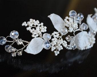 Silver wedding hair piece, Wedding hair comb, Pearl Hair Comb, Flower Hair Comb, Floral Hair Comb, Bridal hair piece