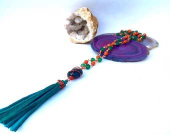 Bohemian wire wrap tassel Necklace-Green quartz and bloodstone wire wrap leather tassel necklace