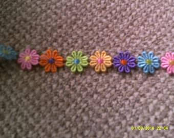 rainbow daisy trim piece