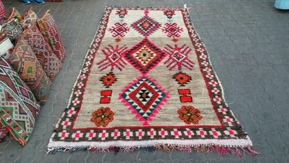 Vintage moroccan azilal rug tapis berbère alfombras berber