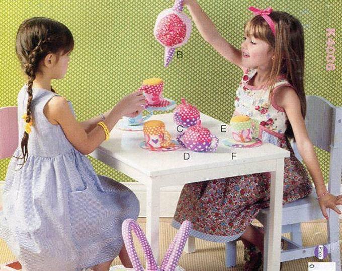 FREE US SHIP Kwik Sew 4006 Craft Little girls pretend play Fabric Tea Set Uncut Picnic Basket Sewing Pattern ff
