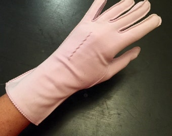 Vintage 1960s Gloves Ladies Lilac Everyday Gloves Mod Retro Gloves Purple Wedding Formal Prom