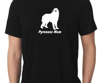 Great Pyrenees Mom T-Shirt pyr T1039