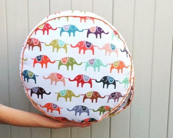 Circus Theme Kid Pouf, Elephant Decor, Pouf Seating, Round Floor Cushion, Playhouse, Teepee With Pillows, Circus Theme, Circus Decor, Poufs