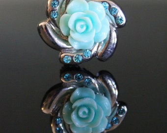 SB0008 Baby Blue Flower Snap Button