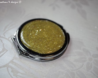 CLEARANCE Golden Sparkles - Round Compact