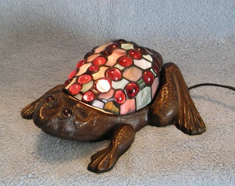 Frog Nightlight - Accent Lamp - Stained Glass