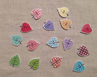 Set of 10 wooden leaf buttons assorted