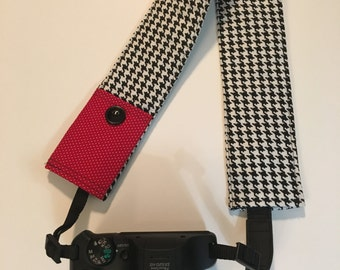 Camera Strap Cover -  DSLR CameraStrap Cover with Lens Cap Pocket - Padded Camera Strap Cover-  Houndstooth Camera Strap Cover