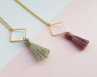 Kette mit Raute und Quaste, Tassel-Necklace