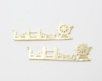 P0232/Anti-Tarnished Matte Gold Plating Over Brass/London Cityscape Sideways Pendant,tower bridge Pendant,london eye pendant/40x14mm/2pcs