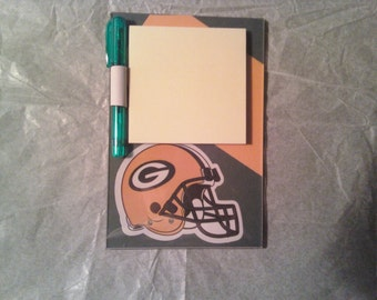 Green Bay Packers magnetic Post It Note holder with pen