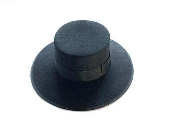 SALE!! Over 30% off - Andaluce boater in pure wool felt - black