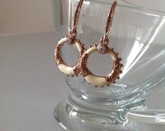 Gold earrings, rose gold  earrings, bride earrings , cream-colored earrings, long earrings, wedding earrings, rose gold jewelry