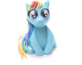 My Little Pony / Rainbow Dash Fondant Cake Topper