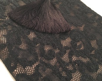 XL lace clutch