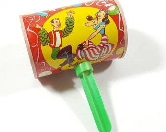 Vintage U.S. Metal Toy MFG co Noisemaker Tin Rattle. Latin Dancers. Colorful Tin Toys. Flamenco Dancers. Vintage Tin Collectibles.
