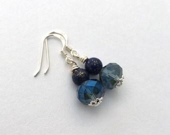 Sparkly blue bridal earrings / something blue dainty earrings / navy blue bridesmaid gift / wedding jewellery boho earrings / gift for her