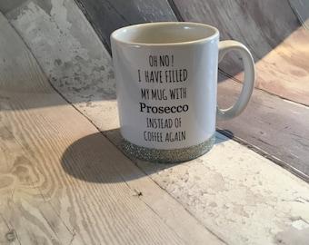 Prosecco mug -prosecco-prosscco glitter mug-Glitter mug-friend mug -mug for a friend -gold-champagne-gold mug-ladies mug-girly mug