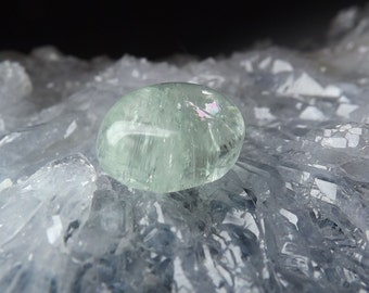 100% Natural Aquamarine gemstone 10.25ct