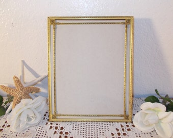 Vintage Ornate Gold Metal 8 x 10 Picture Frame Art Deco Photo Decoration Hollywood Regency Mid Century Home Decor Rustic Shabby Chic Wedding