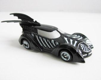 Batmobile Hasbro 1995 DC comics Toy Car