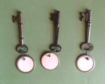 Vintage Skeleton Keys - Lot of 3