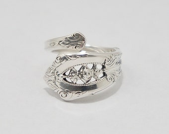 """Spiral Snake Bypass Style Sterling Silver Vintage Spoon Ring Upcycled Silverware Flatware """"Rose Point"""" Year 1934"""