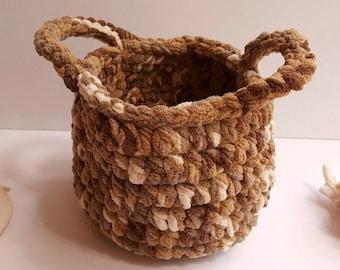 crochet basket - Round basket - Storage basket - Gift basket - Woven basket
