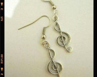 Handmade earrings treble clef