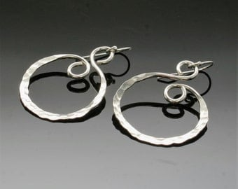 Hammered everyday silver earrings, sterling silver swirl earrings, silver hoop earrings everyday earrings simple silver jewelry
