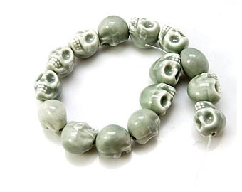 10 PCs 13 mm skull beads porcelain grey