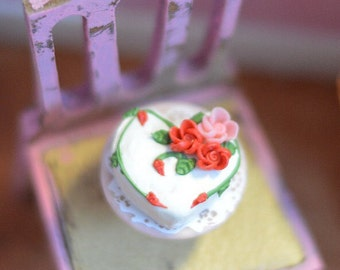 1:12 Dollhouse Miniature Flower cake/ Dollhouse miniature cake/ Miniature food