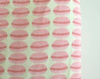 Pink french macaron fitted crib sheet
