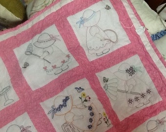 Hand Embroidered, Hand Quilted Pink Sunbonnet Girls, Baby Quilt