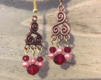 Swirl design earring